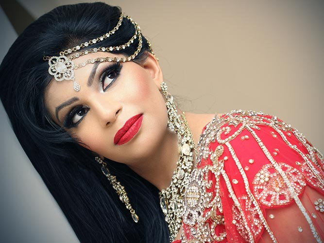 Desi Asian Muslim Hindu Sikh Wedding Photography Female Photographer